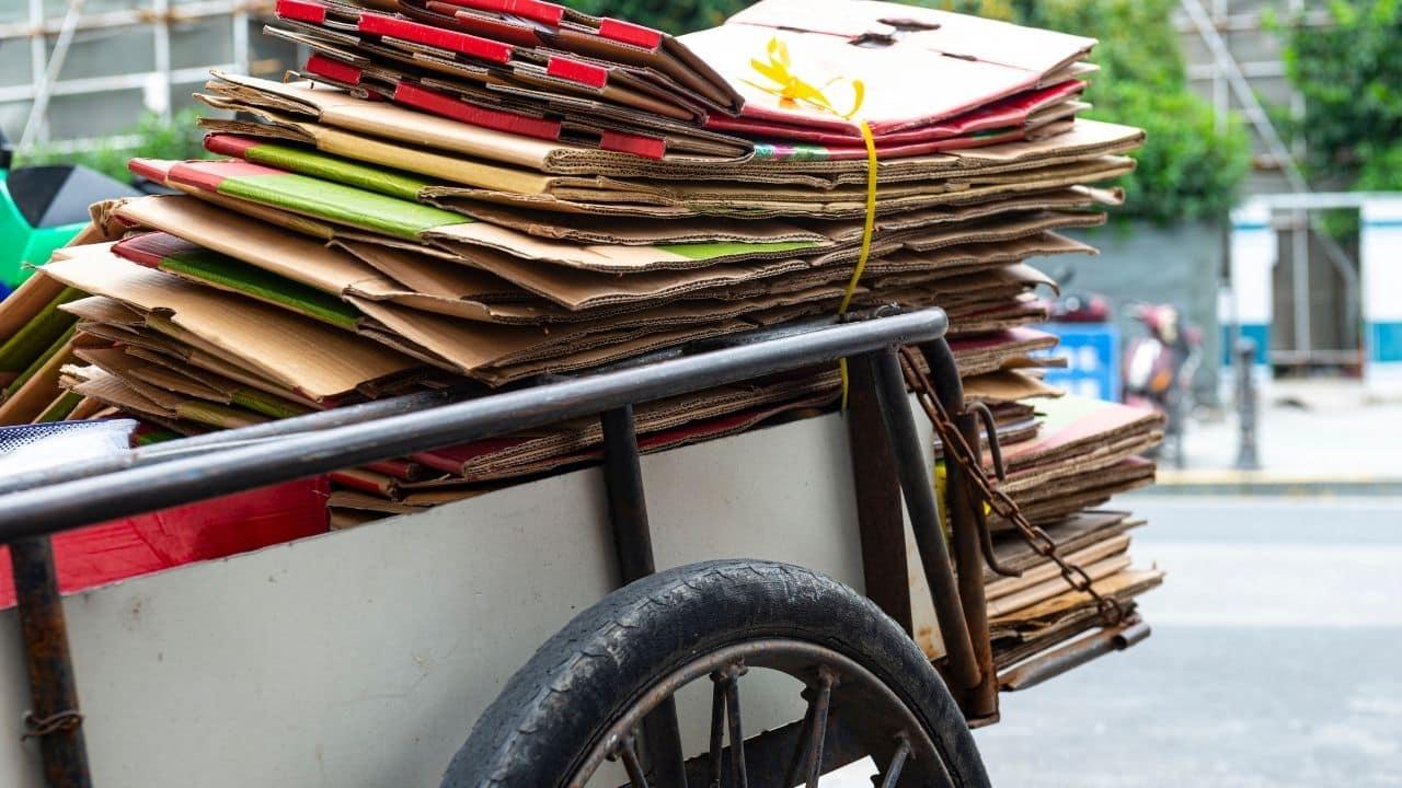 Como integrar o catador de materiais recicláveis