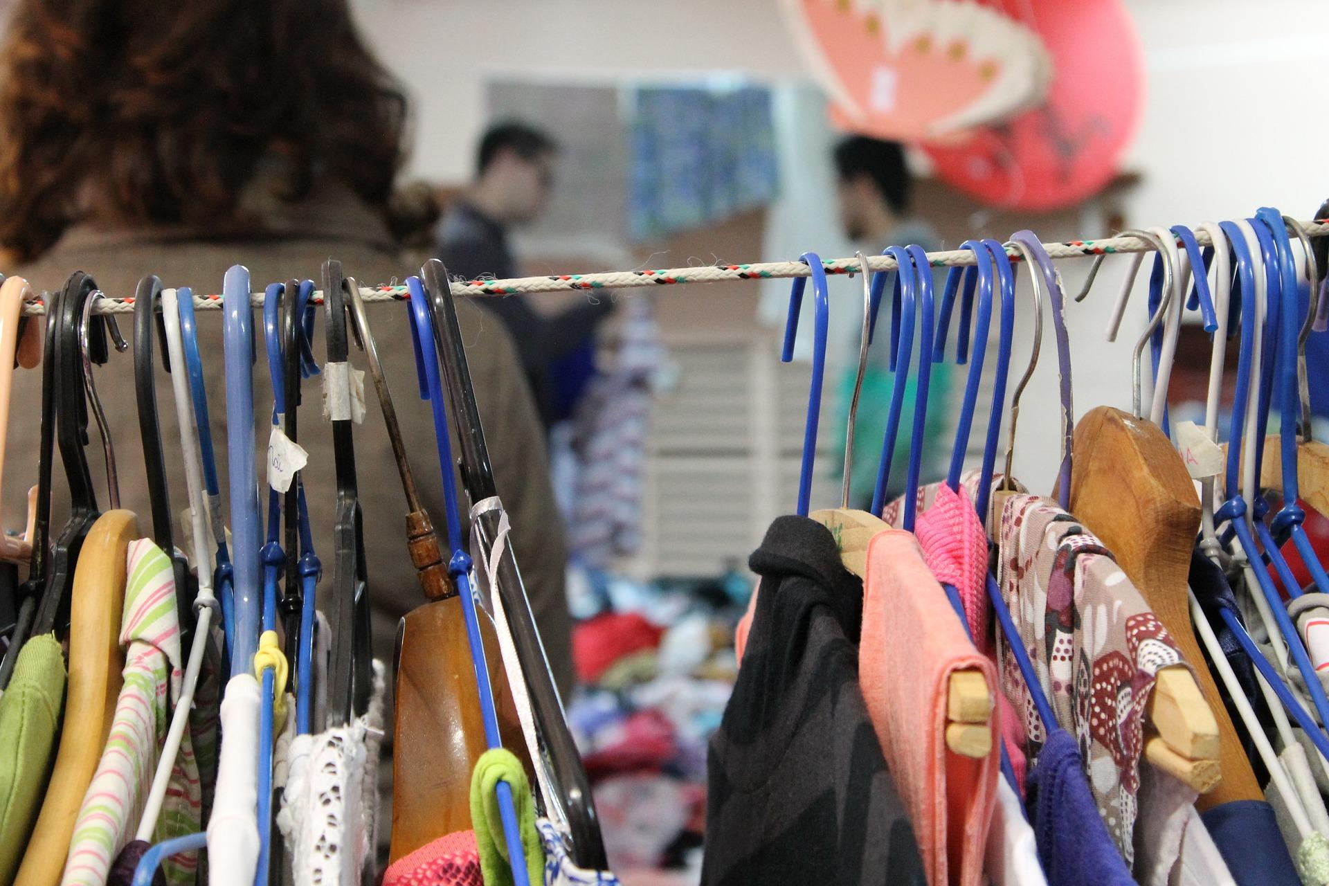 6a9d21b27 Sistema de coleta de roupas e calçados usados na Alemanha ...